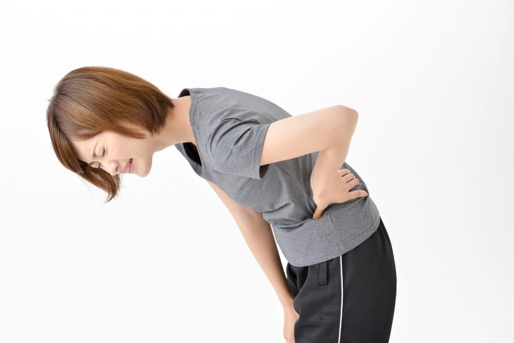い 腰痛 生理 前